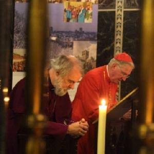 Umat-Protestan-Katolik-dan-Anglikan-Berdoa-Bersama-Untuk-Christian-Unity